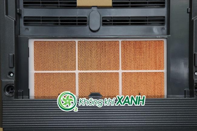 Màng lọc tạo ẩm máy lọc không khí Hitachi EP-P50J với chức năng cung cấp hơi ẩm tự nhiên cho không khí sạch sau khi đi qua bộ lọc