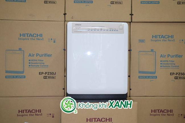 Máy lọc không khí Hitachi EP-PZ50J màu trắng có thiết kế gọn, đẹp, bảng điều khiển nổi bật