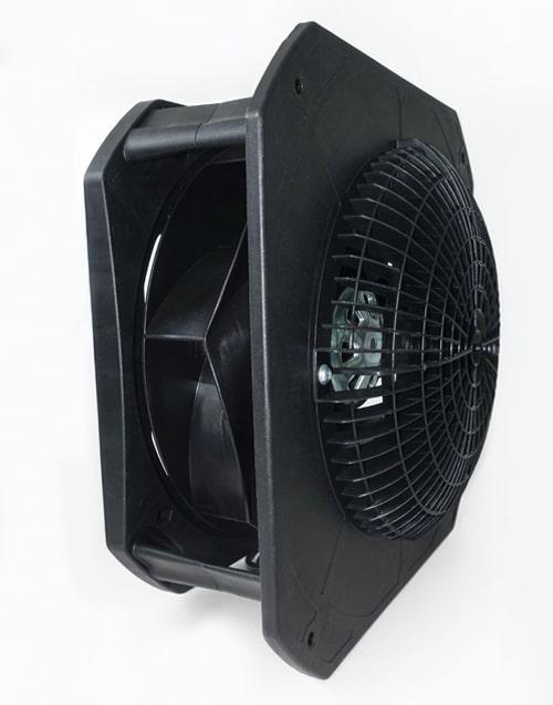 Cánh quạt và mô tơ của máy lọc không khí IDEAL được chế tạo đặc biệt làm giảm thiểu tối đa tiếng ồn và vẫn đảm bảo chất lượng lọc không khí lưu lượng cao