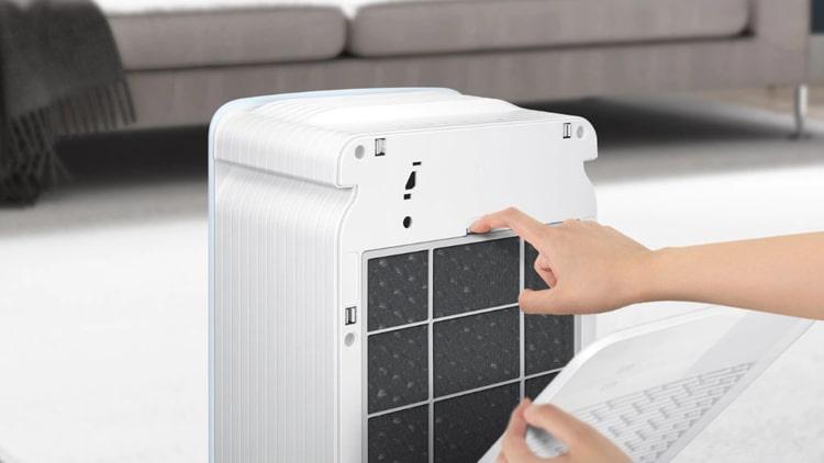 Máy lọc không khí Samsung AX40R3020WU/SV dễ dàng vệ sinh và thay thế màng lọc