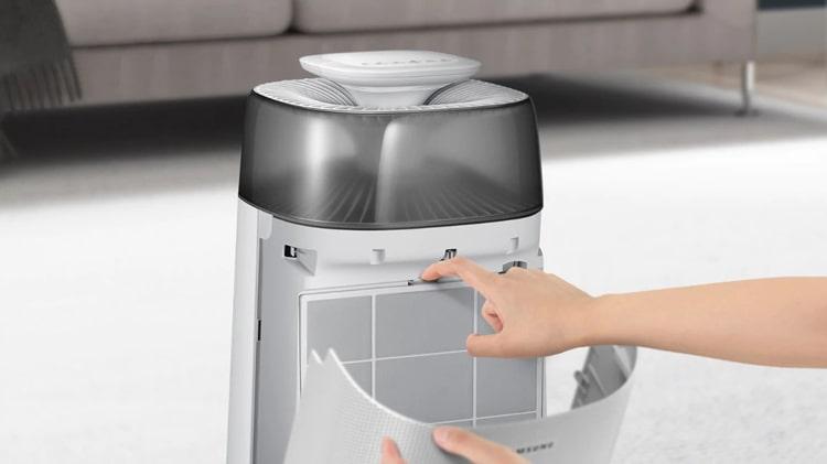 Máy lọc không khí Samsung AX40R3030WM/SV dễ dàng vệ sinh và thay thế bộ lọc
