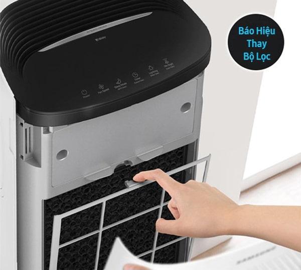 Máy lọc không khí Samsung AX60R5080WD/SV có đèn báo thay thế bộ lọc