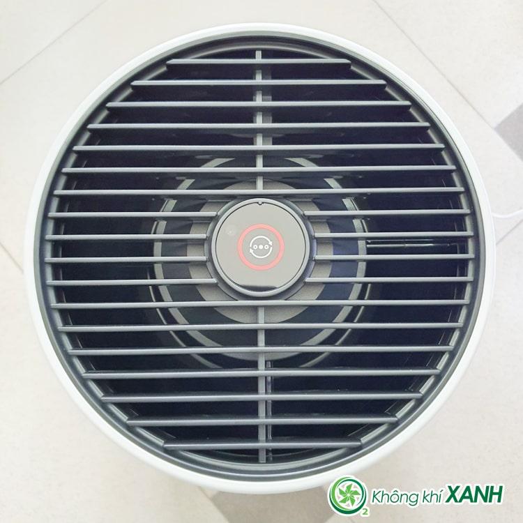 Cửa thoát không khí sạch và đèn báo chất lượng không khí, phím điều khiển cảm ứng của máy lọc không khí Philips AC0820/10 series 800